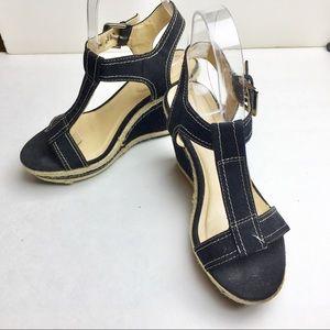 Bass black wedges Sandal Size 6.5